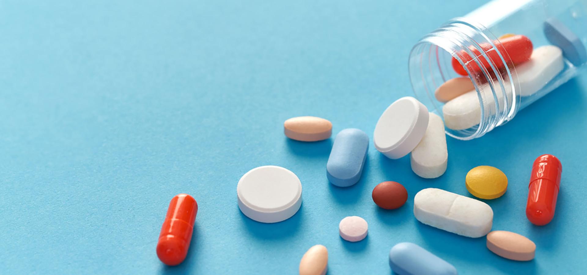 pGyógyszer fejlesztés, gyógyszer biztonság-drug-magánklinika-budapest-v-kerulet-1920x900