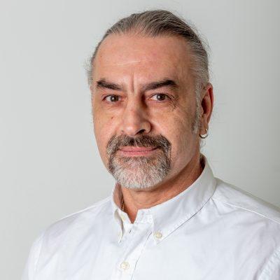 Manuálterapeuta-masszőr Szakács Árpád-2