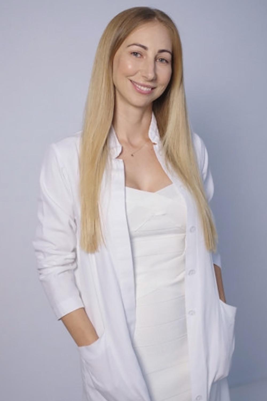 Dr-Kocsis-Andrea-plasztikai-sebész-szakorvos